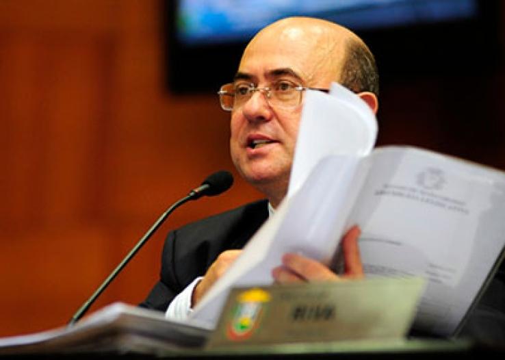 Riva anuncia mobilização contra veto da presidente à criação de municípios