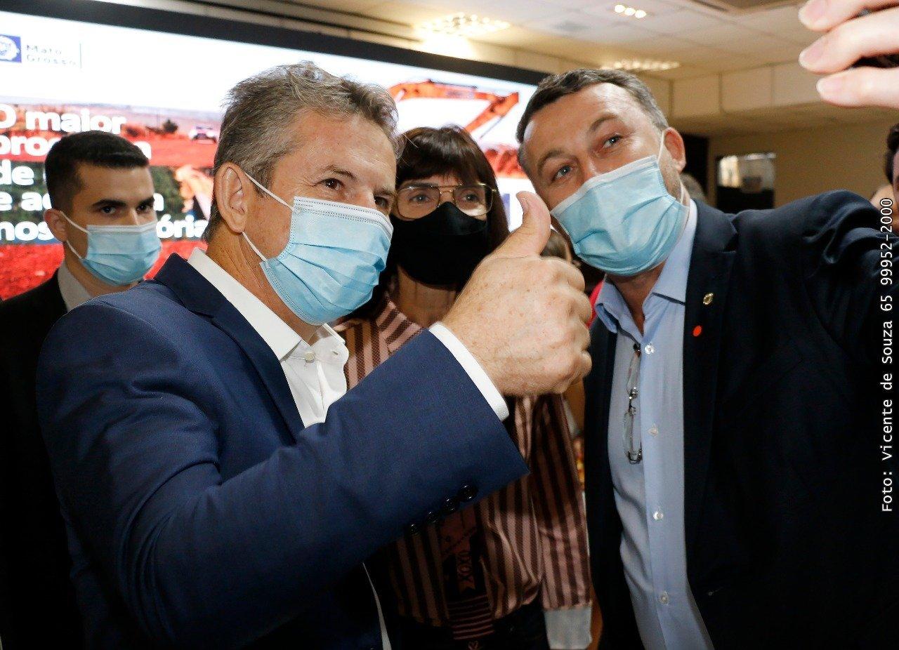 PREFEITA DE ARIPUANÃ SELUIR VAI A CUIABÁ A CONVITE DO GOVERNADOR MAURO MENDES E RECEBE PACOTE DE OBRAS PARA O MUNICÍPIO