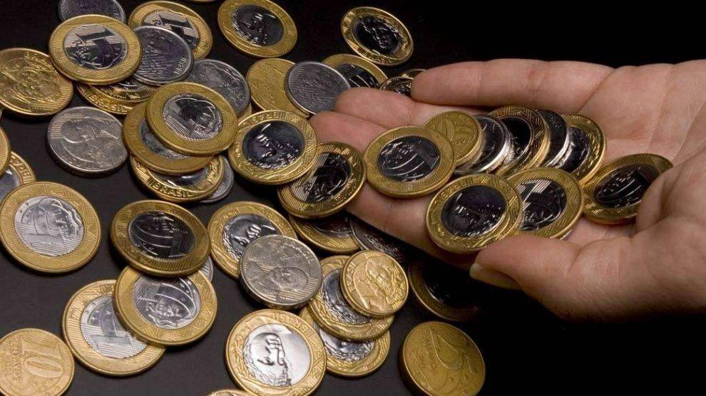 Quase 20% da população ainda guarda moedas em casa, diz Banco Central