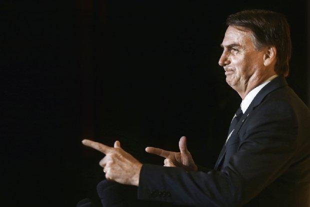 Cuiabanos terão direito a facilitação de posse de arma com decreto de Bolsonaro; veja detalhes