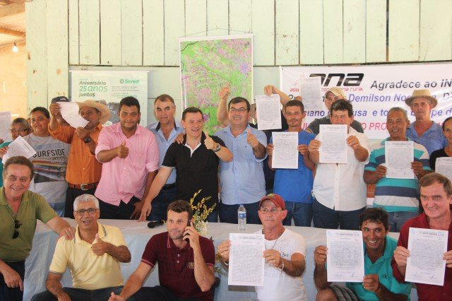 Intermat realiza entrega de títulos no Assentamento 1º de Maio em Colniza